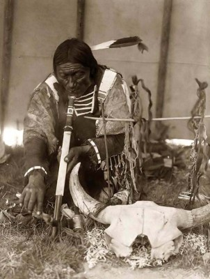 Sioux-Indian-with-Pipe.jpg